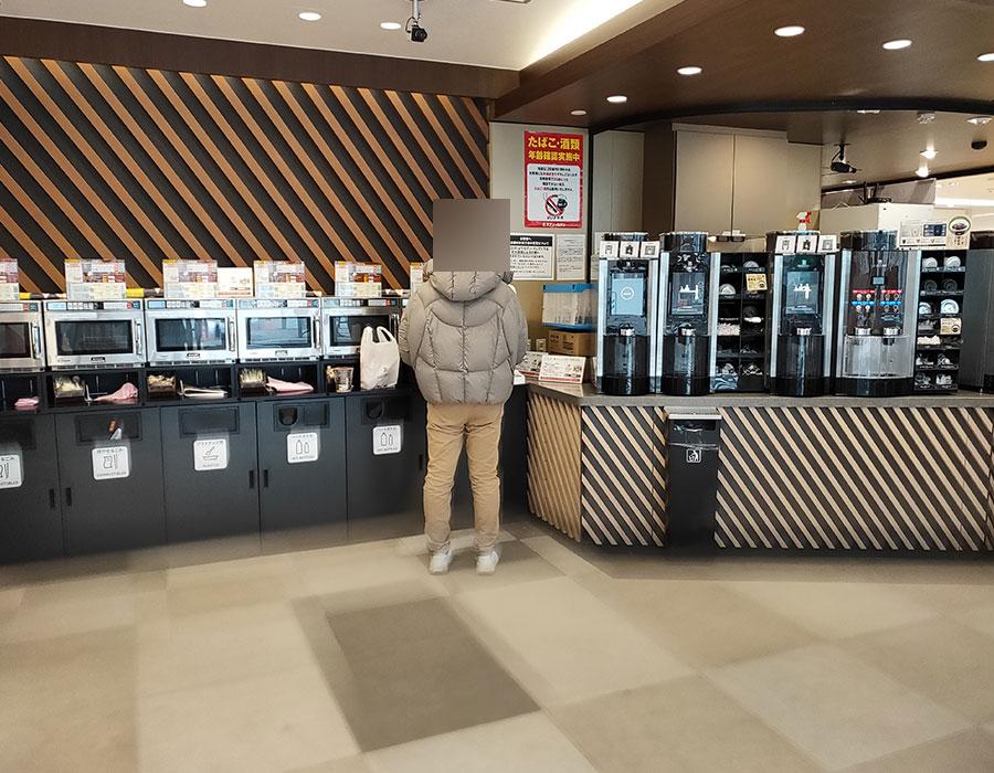 セブンイレブンの次世代店舗「麹町駅前店」が凄い