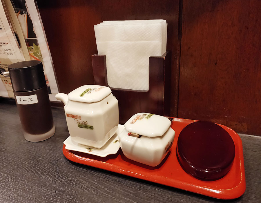 「北海道料理 ユック はまなす亭 平河町店」で「海鮮丼(940円)」のランチ[半蔵門]