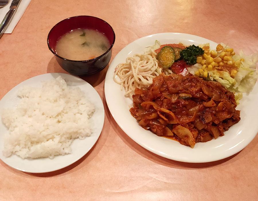 メキシコ料理「エル・アルボル」で「ポークチリソース煮(950円)」のランチ[四ツ谷]