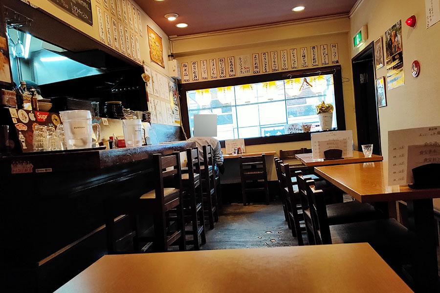 「小島チューリップ」で「チキン南蛮定食(800円)」のランチ[四ツ谷]