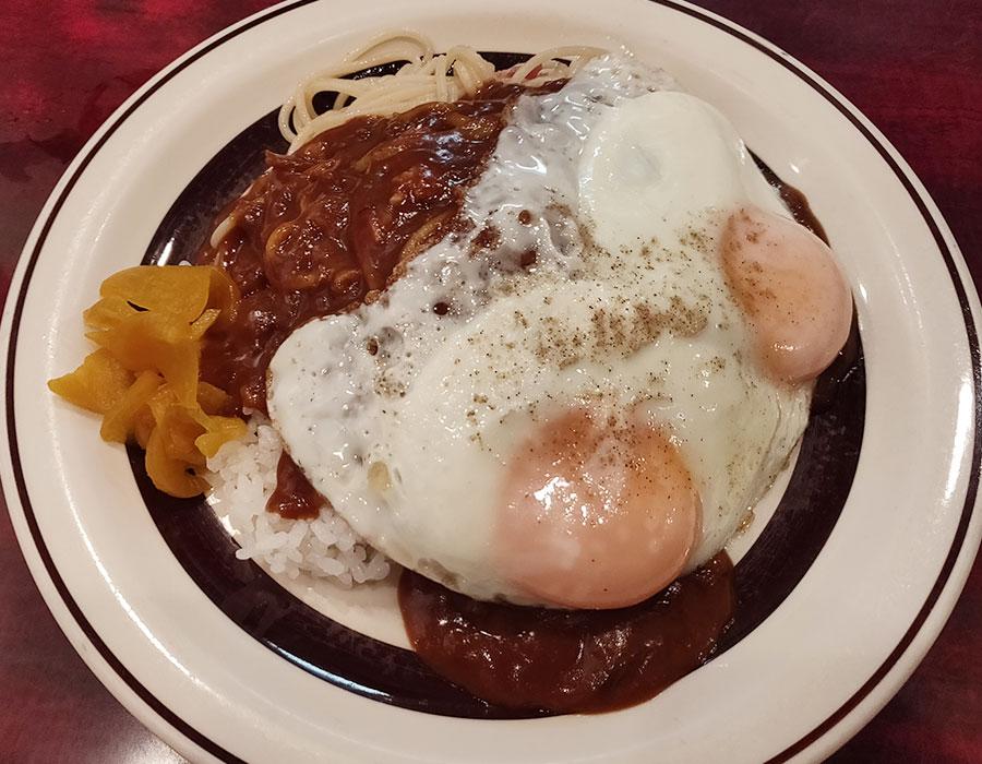 「Delica ホブノブ」で「半ライス半スパゲティ カレーがけ(650円)」のモーニング[九段下]