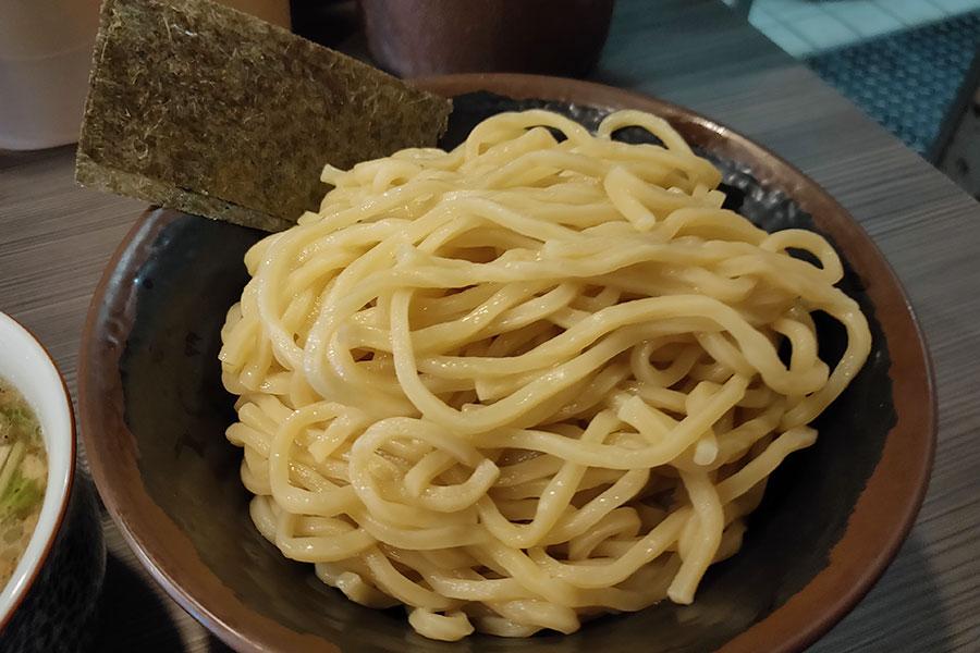 「めん屋 桔梗」で「塩つけ麺[大盛](880円)」