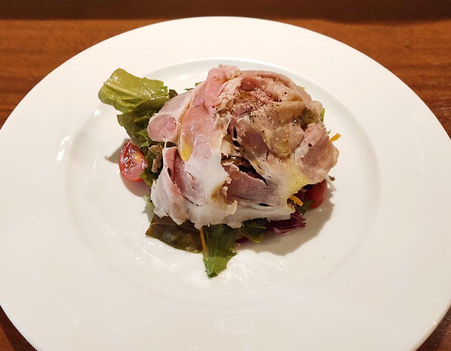 「Olive Oil(オリーブオイル)」で「豚ラグーとキノコのスパゲティ(1,000円)」のランチ[九段下]
