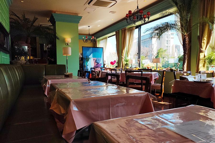 「カフェ アントニオ アトレ四谷店」で「パスタランチ[ジェノバ風(1,650円)]」のランチ