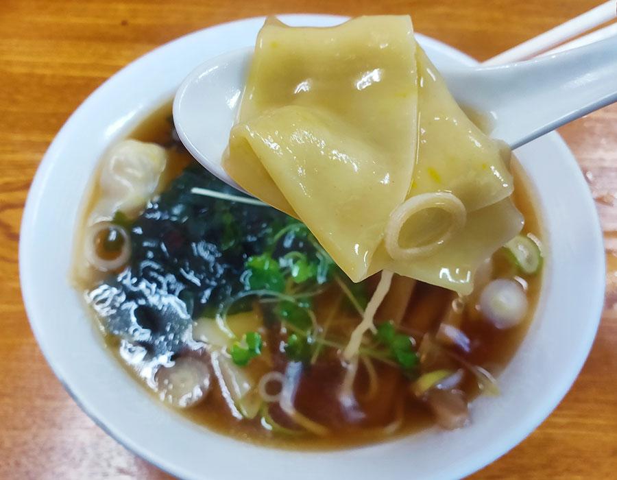 「福寿」で「ワンタン麵(750円)」のランチ[麴町]
