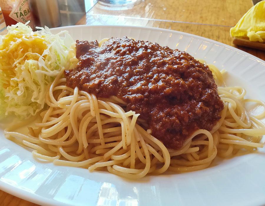 「ベルモント」で「スパゲッティ・ミートソース(790円)」のランチ[四ツ谷]