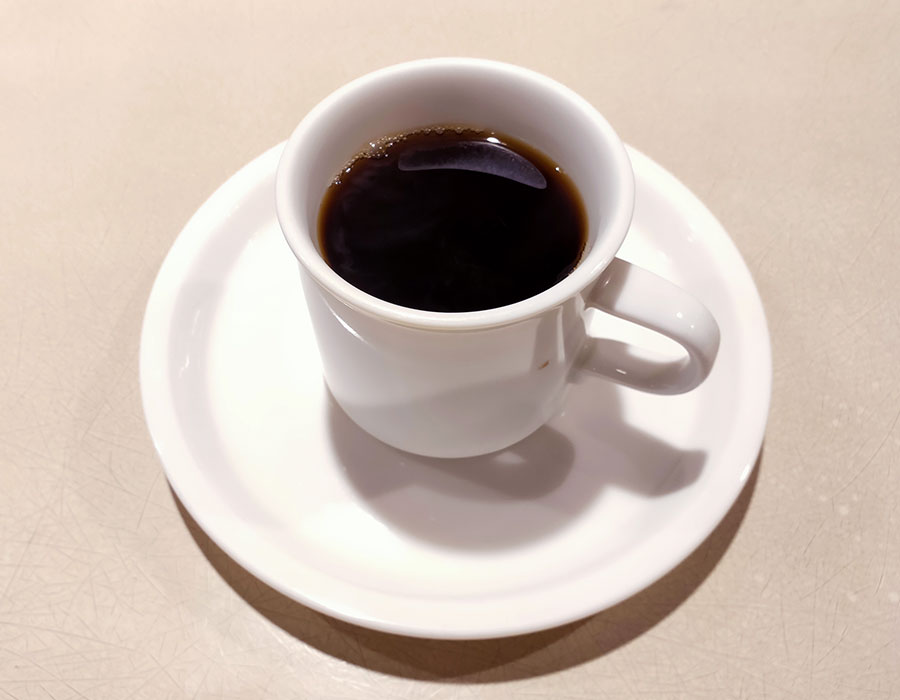 「カフェの」で「自家製カレーライス(950円)」のランチ[半蔵門]